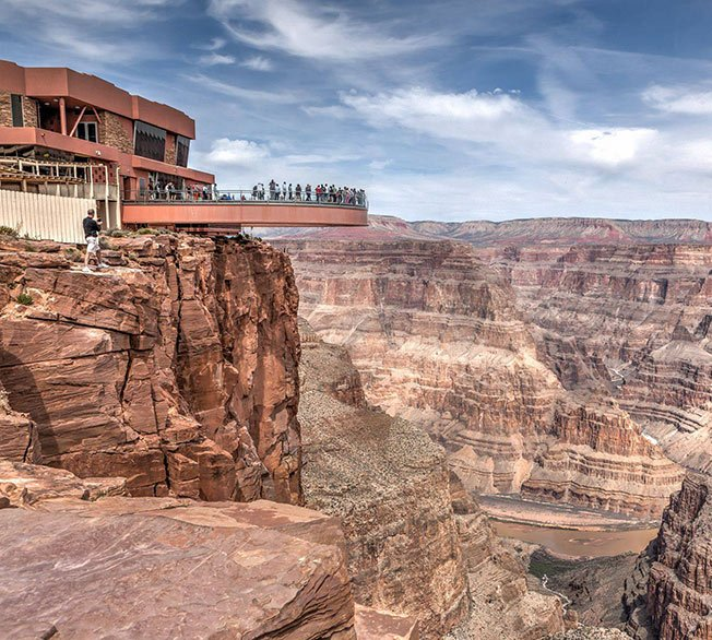 The breathtaking Grand Canyon Skywalk.