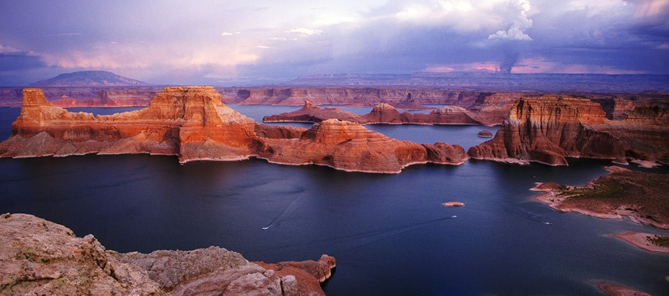 The expanse of Lake Powell seen from the sky.
