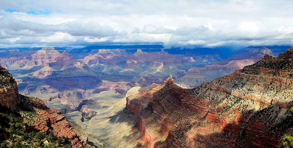 A landscape image of the Grand Canyon during a Papillon Grand Canyon Helicopter tour experience