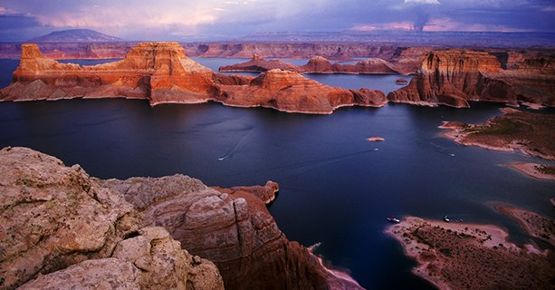 Lake Powell and the desert of Page, Arizona as seen from the sky.