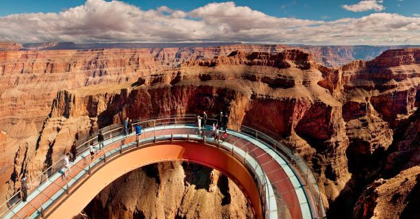 Guests on the Grand Canyon Skywalk at the Grand Canyon West.
